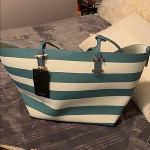 Zara beach bag with pouch